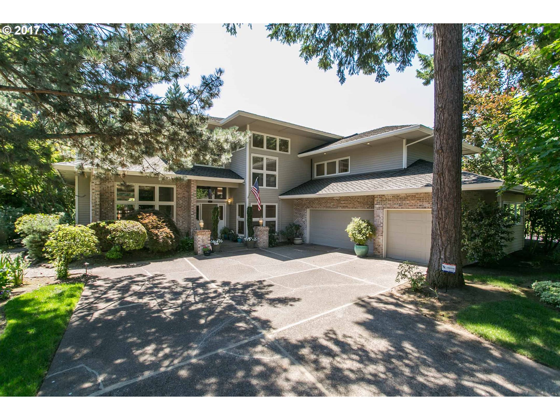 3752 sq. ft 4 bedrooms 3 bathrooms  House For Sale, Portland, OR