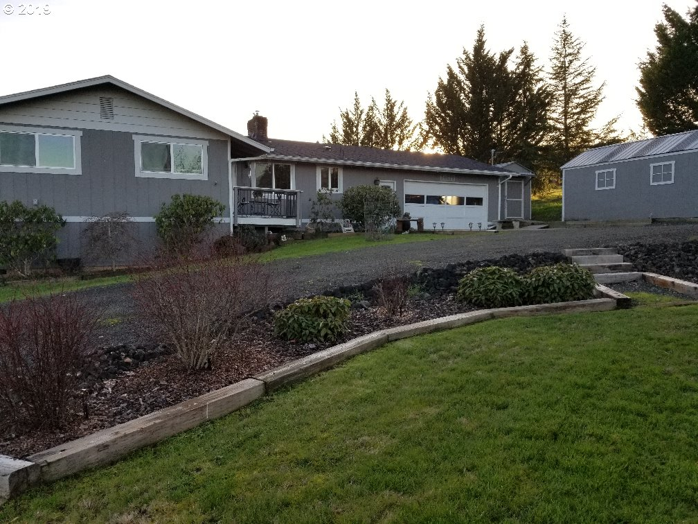 1216 sq. ft 3 bedrooms 2 bathrooms  House For Sale,Roseburg, OR