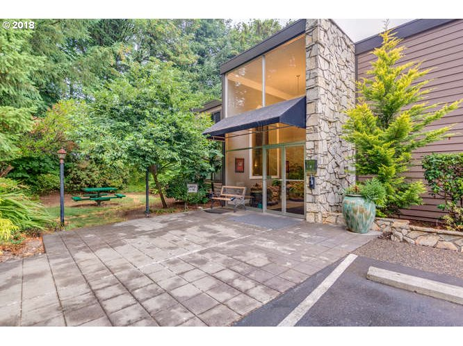 1110 sq. ft 2 bedrooms 2 bathrooms  House For Sale,Portland, OR