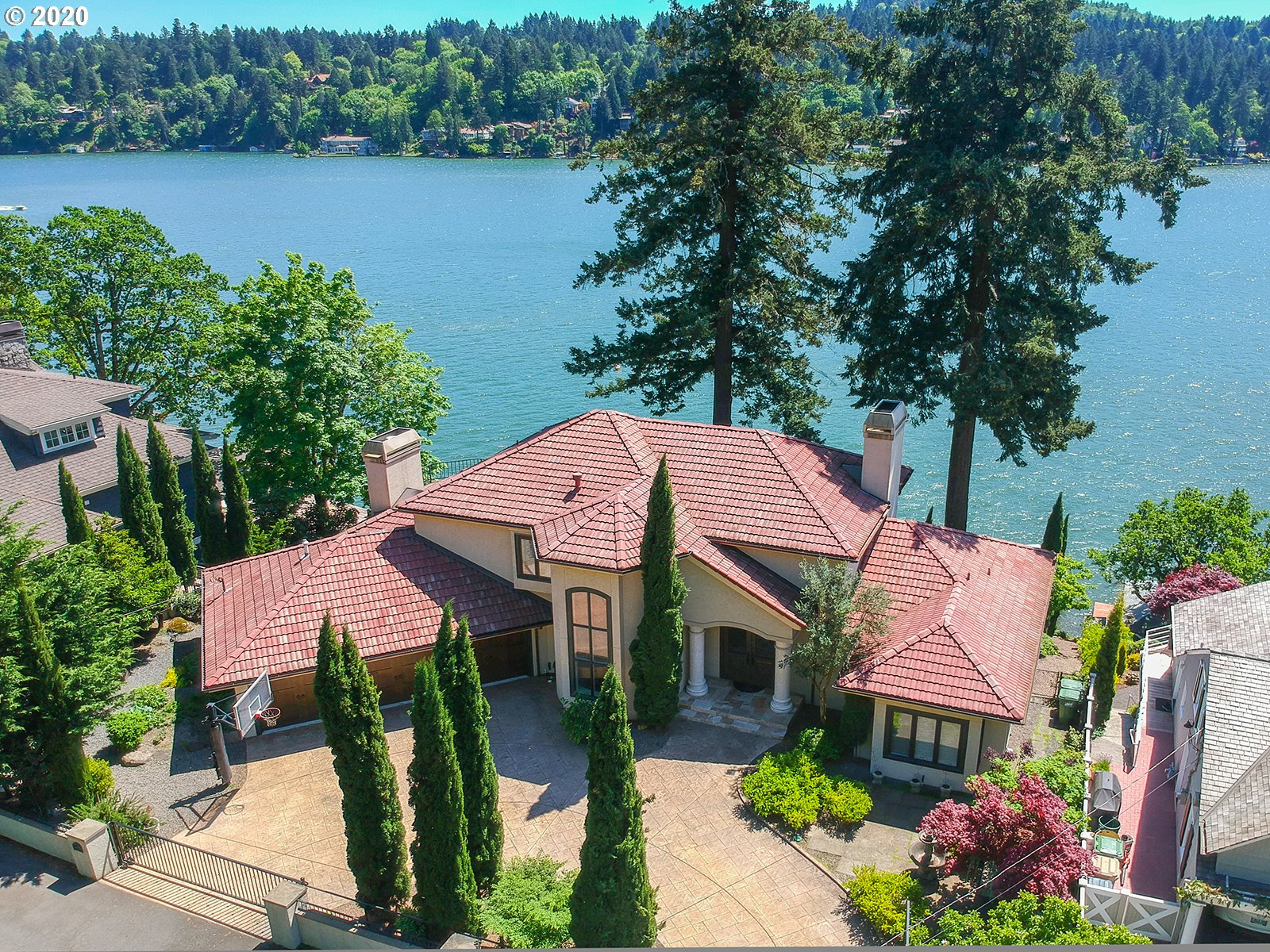 Photo of 3358 LAKEVIEW BLVD, Lake Oswego, OR 97035
