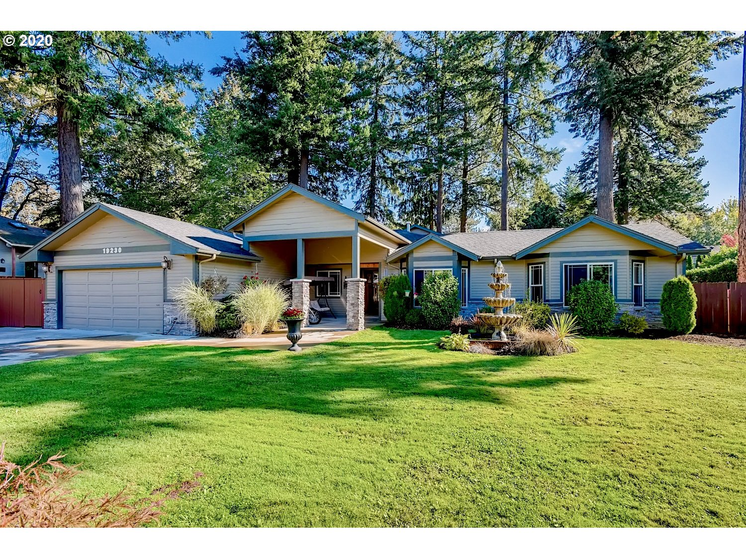 Photo of 19230 BRYANT RD, Lake Oswego, OR 97034