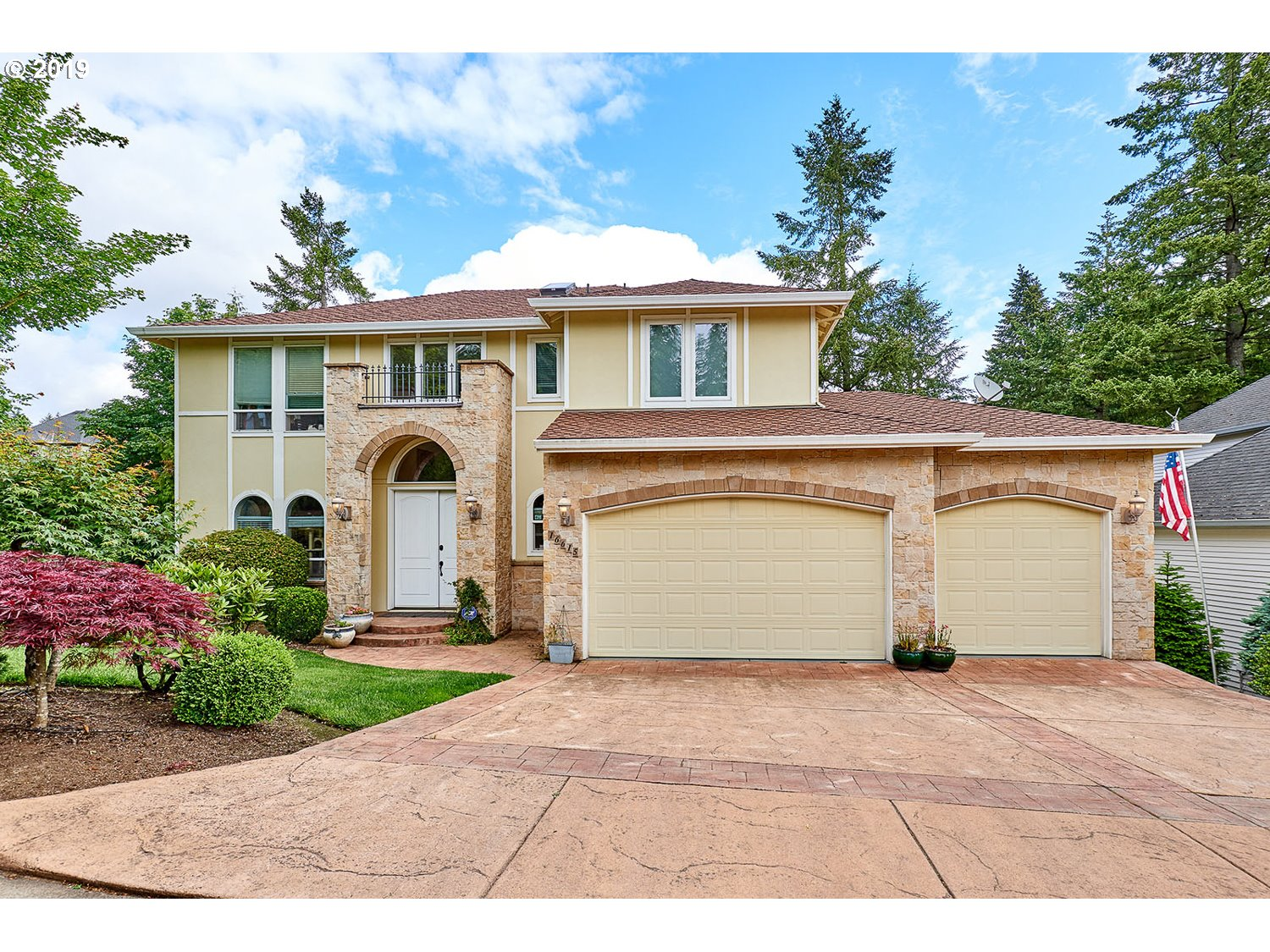 Photo of 16615 SW RED ROCK CT, Beaverton, OR 97007