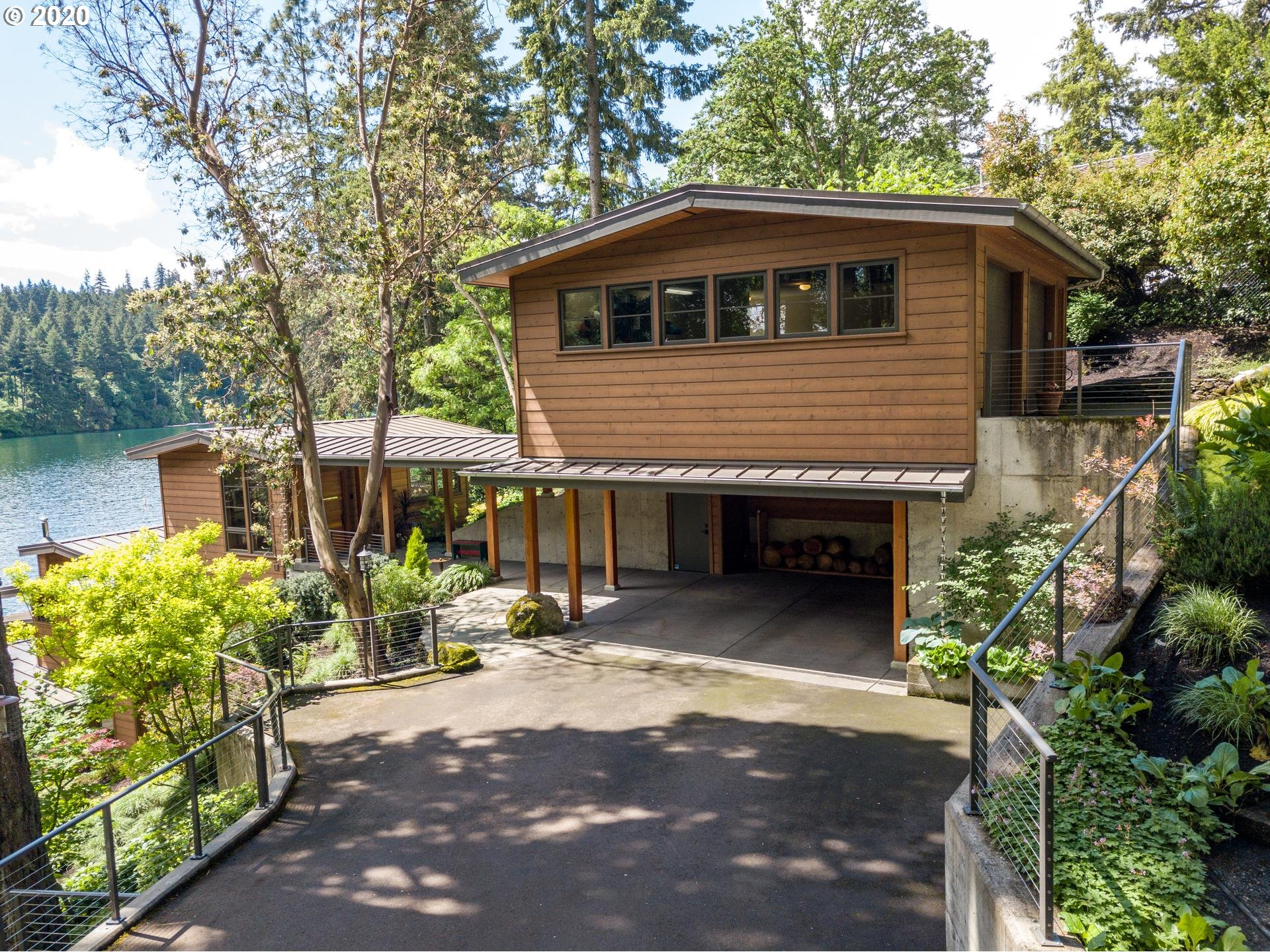 Photo of 1730 NORTHSHORE RD, Lake Oswego, OR 97034