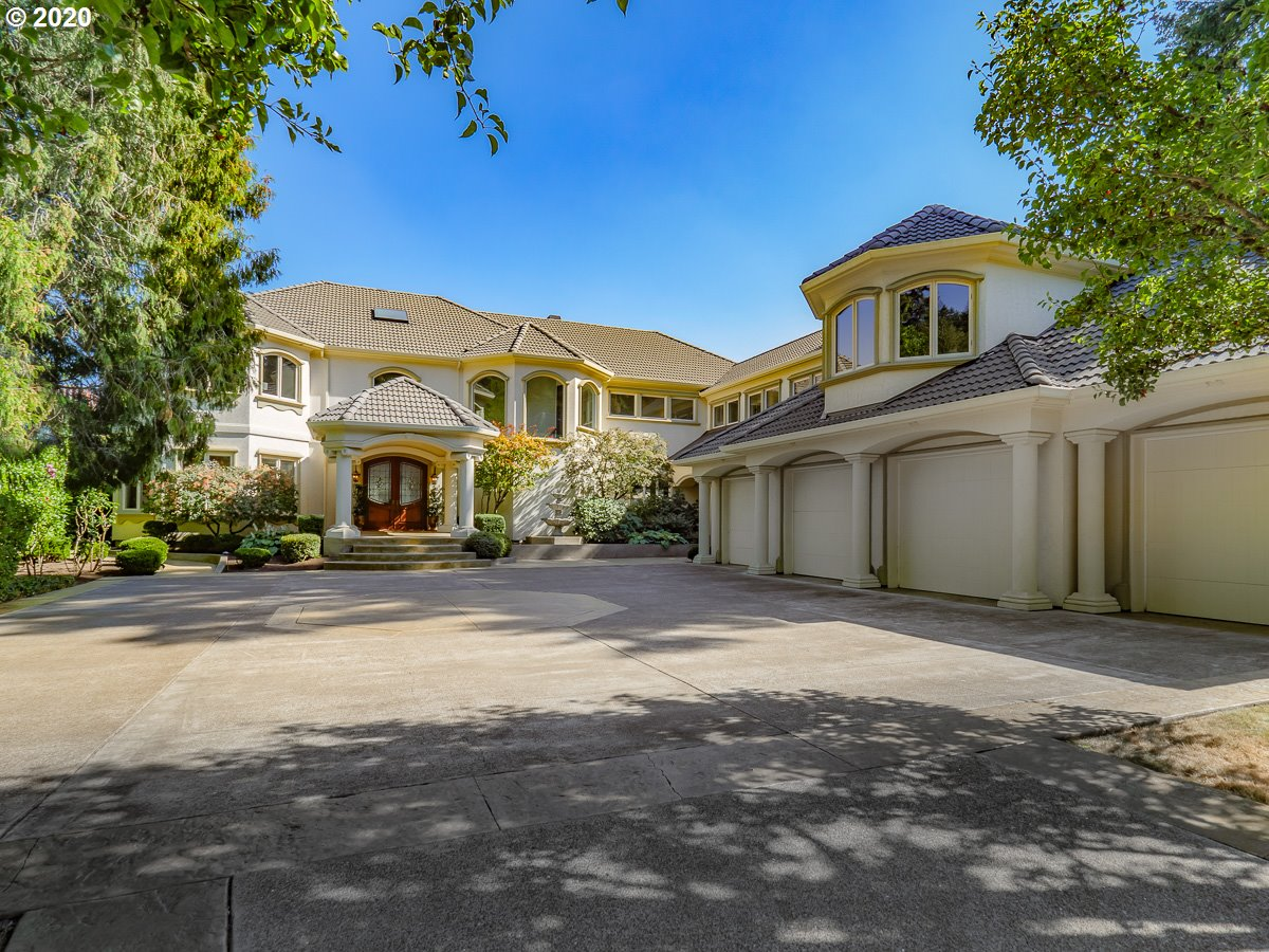 Photo of 13490 FIELDING RD, Lake Oswego, OR 97034