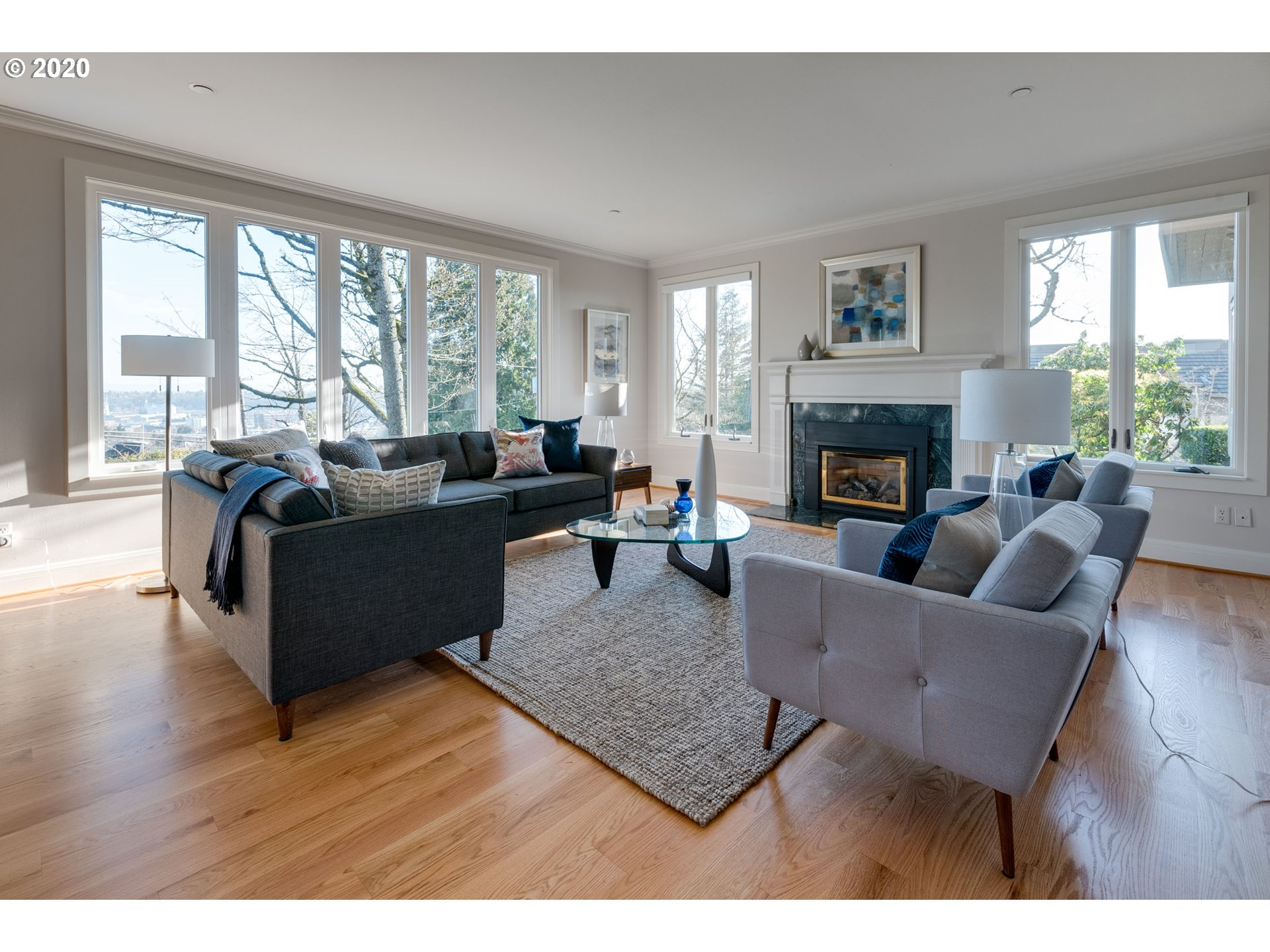Westover Terrace Sanctuary - Living Room Realty