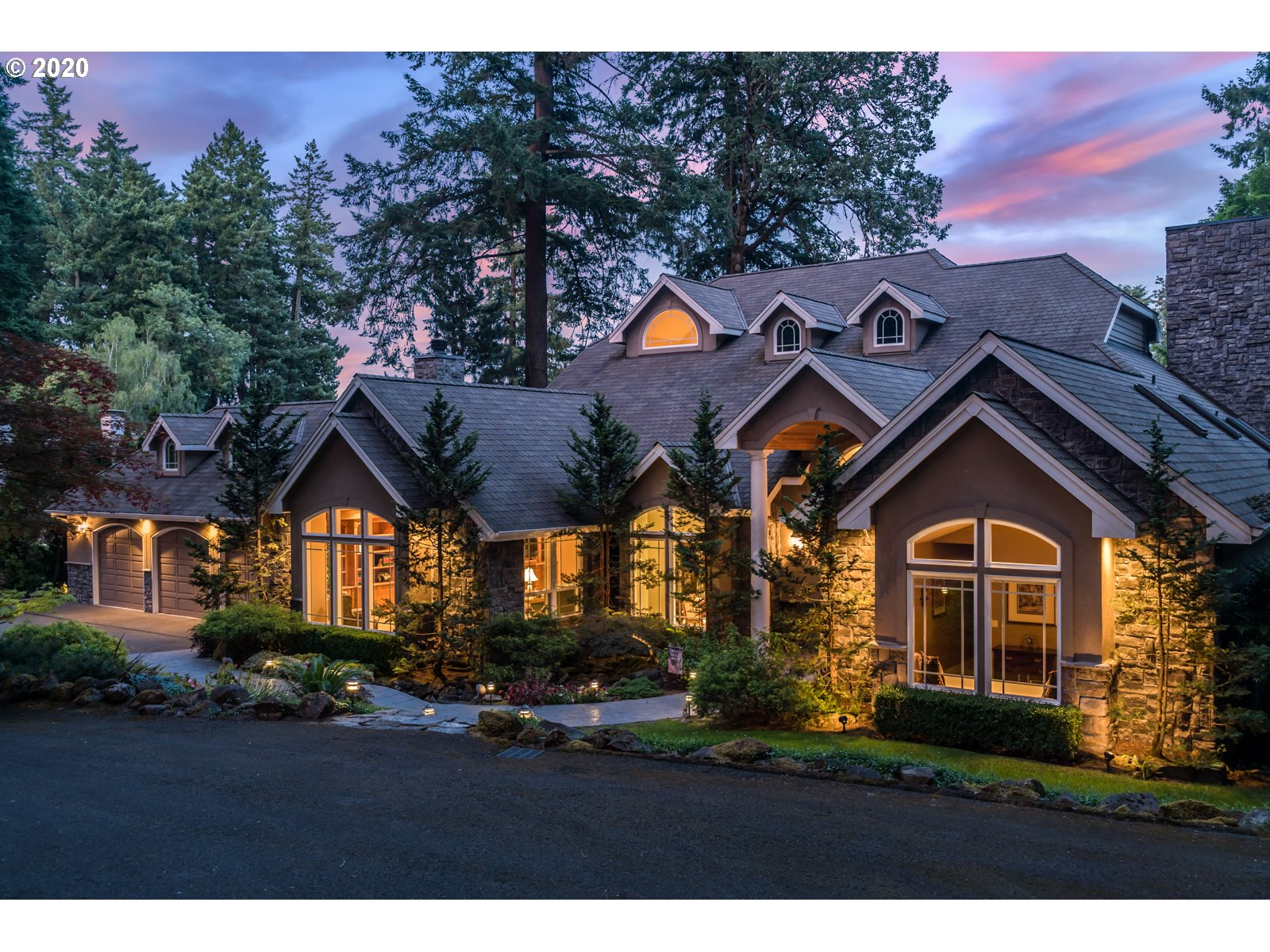 Photo of 4321 Southshore BLVD, Lake Oswego, OR 97035