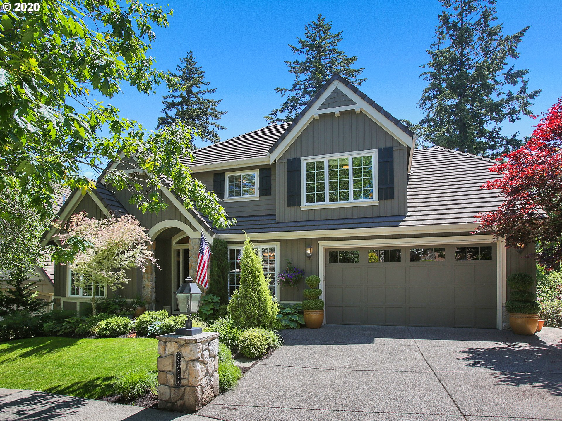 Photo of 8832 SW MARSEILLES DR, Beaverton, OR 97007