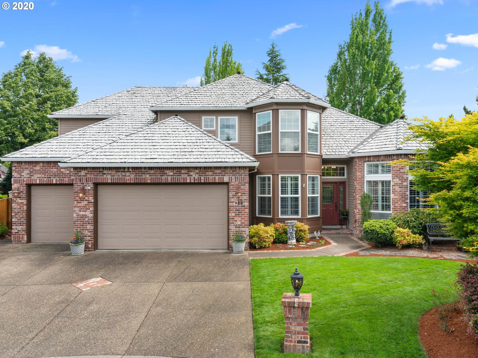 Photo of 820 NW WINGED FOOT TER, Beaverton, OR 97006