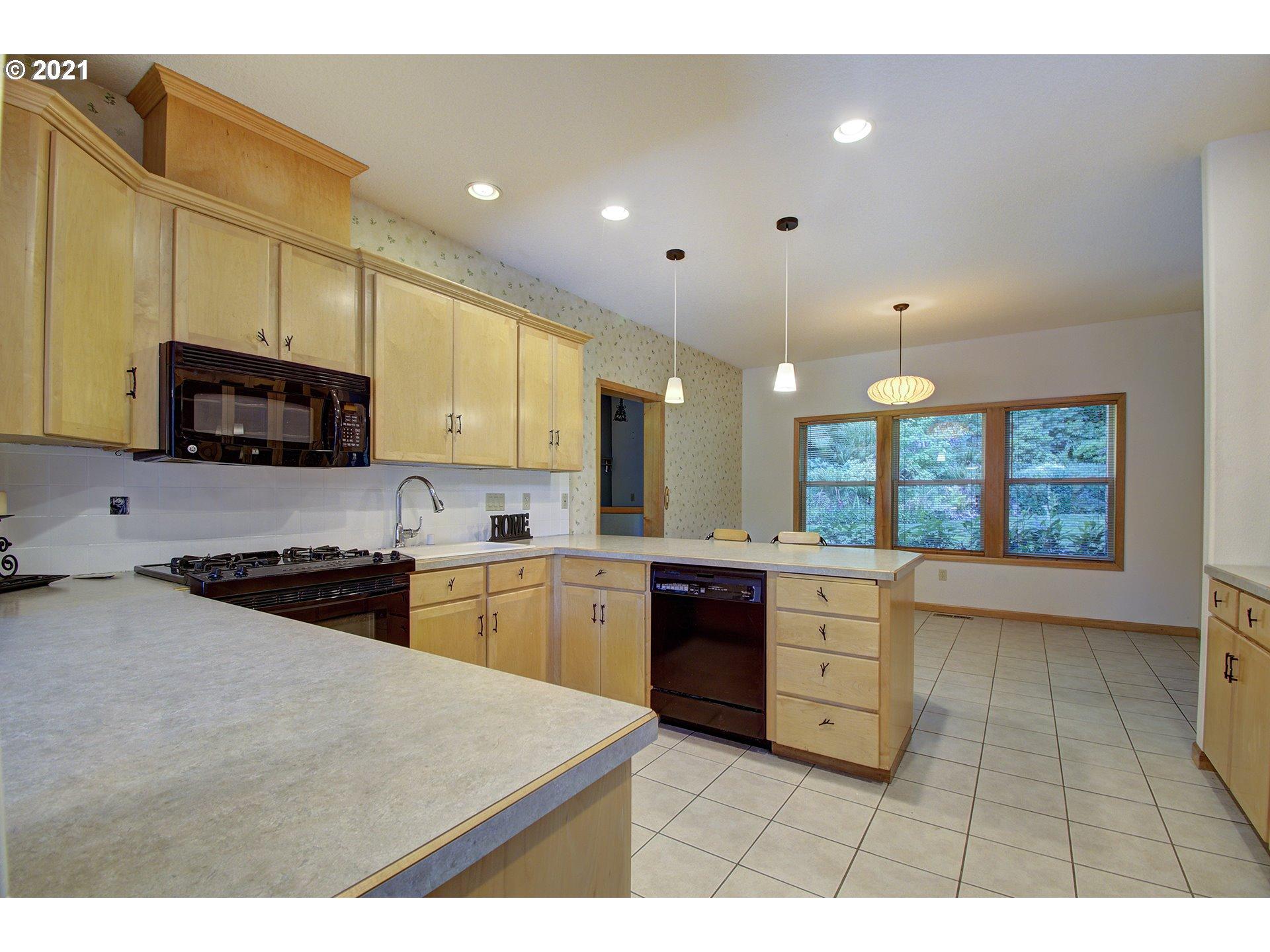 17707 NE Collard Rd, Yacolt, WA 98675