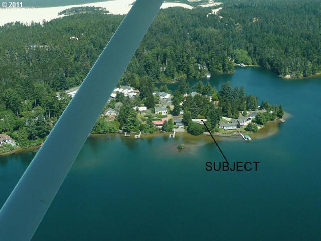 Photo of 4960 LAKE SHORE DR
