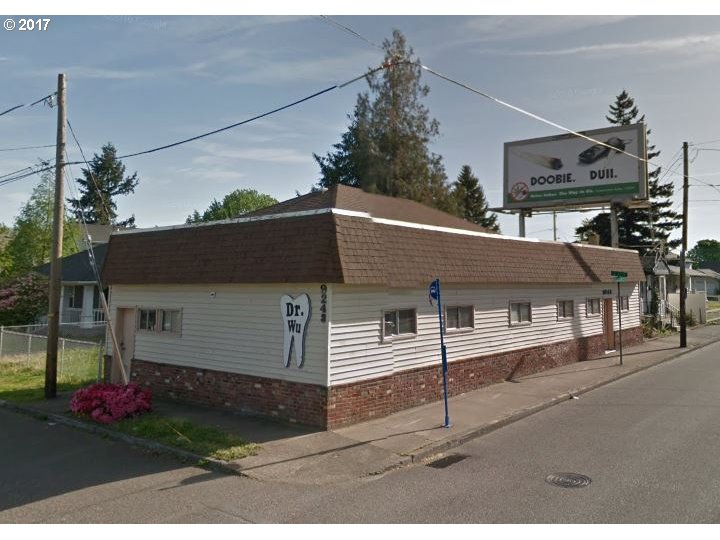 Photo of 9243 NE GLISAN ST Portland OR 97220