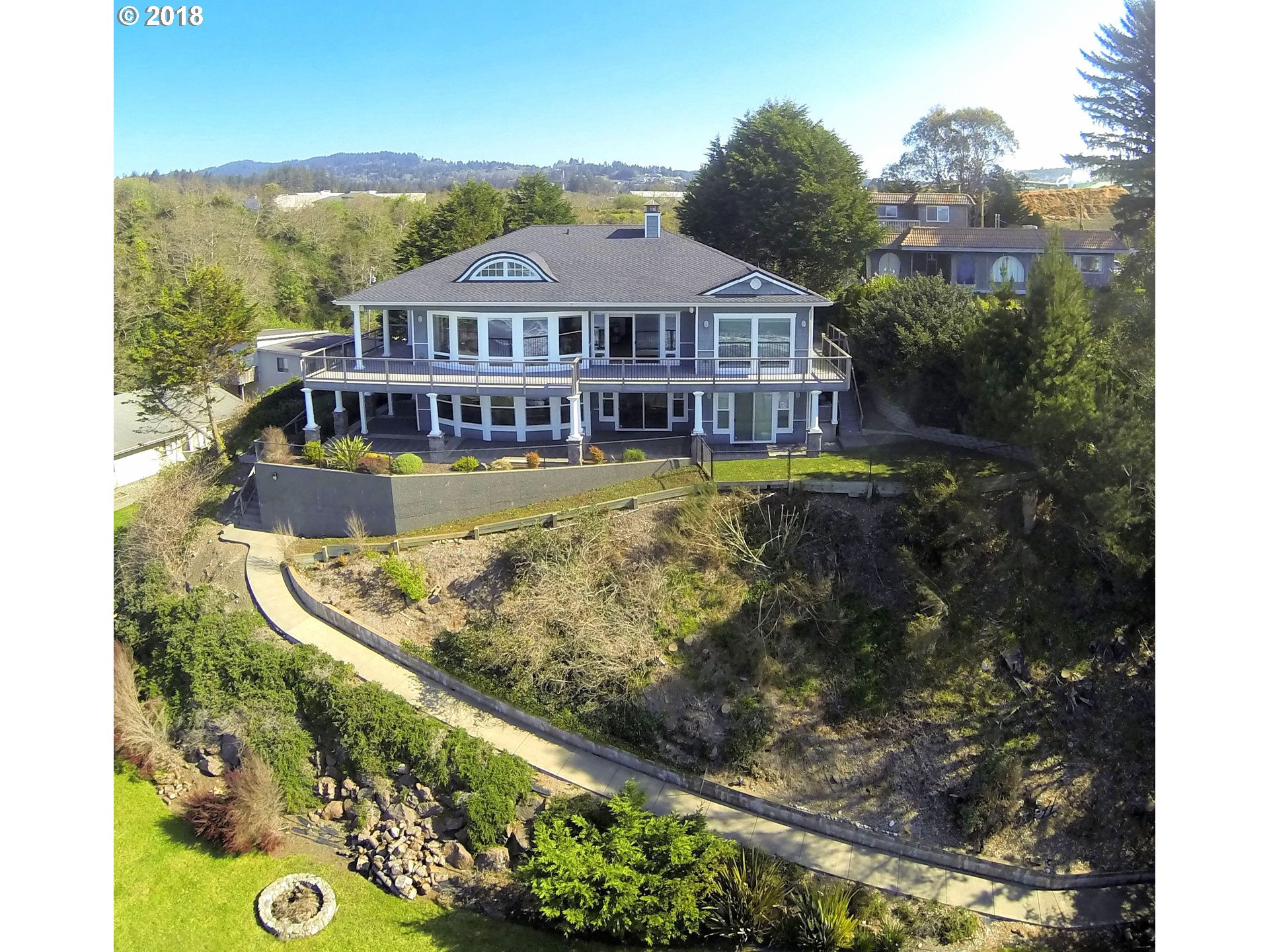 Magnificent Waterfront Homes For Sale Coastal Oregon Home Interior And Landscaping Eliaenasavecom