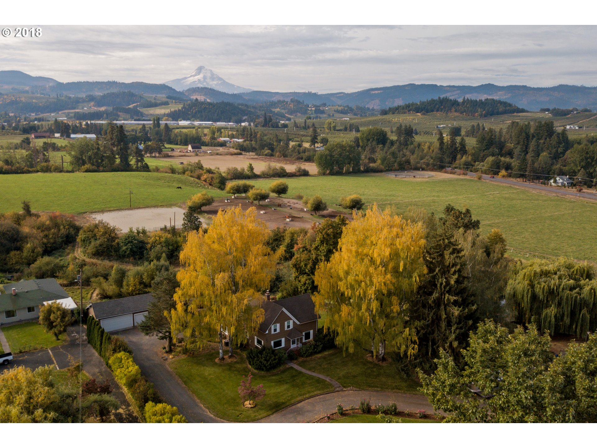 Photo of 2831 GLASS DR Hood River OR 97031