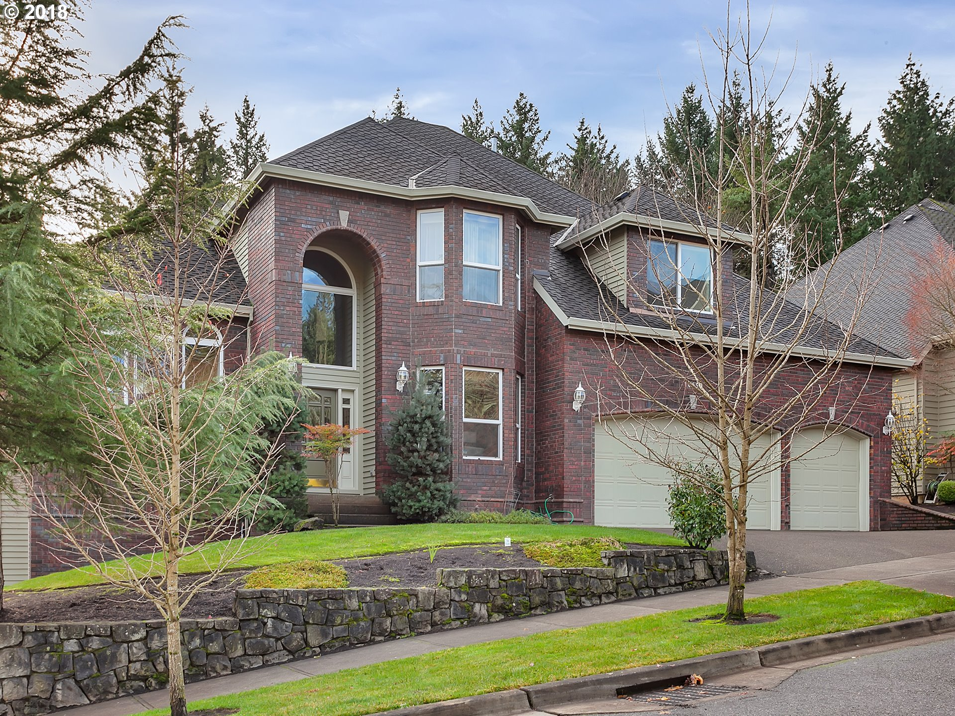 Fantastic Murray Hill Park Luxury Home. This spacious home, which backs to greenspace, features custom cherry woodwork, high ceilings and elegant wainscoting. The large gourmet kitchen features slab granite counters, roomy center island cook top and stainless appliances.  In addition to 6 large bedrooms and den, other highlights include a  lower level with second family/bonus room, wet bar, 2 bedrooms, full bath, and walk out to patio.