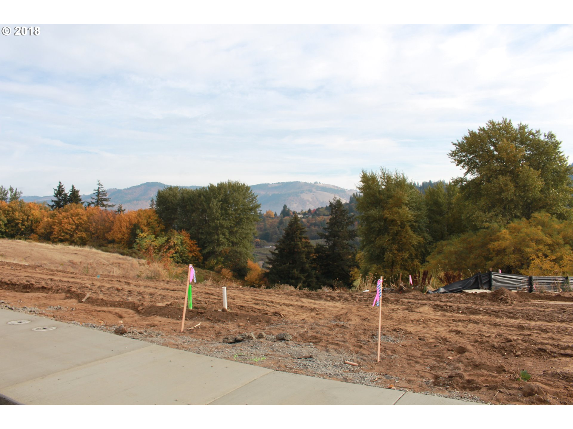 Photo of 1741 2nd ST Hood River OR 97031