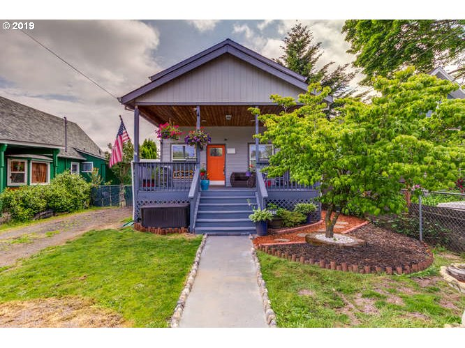 Photo of 4210 SE 76TH AVE Portland OR 97206