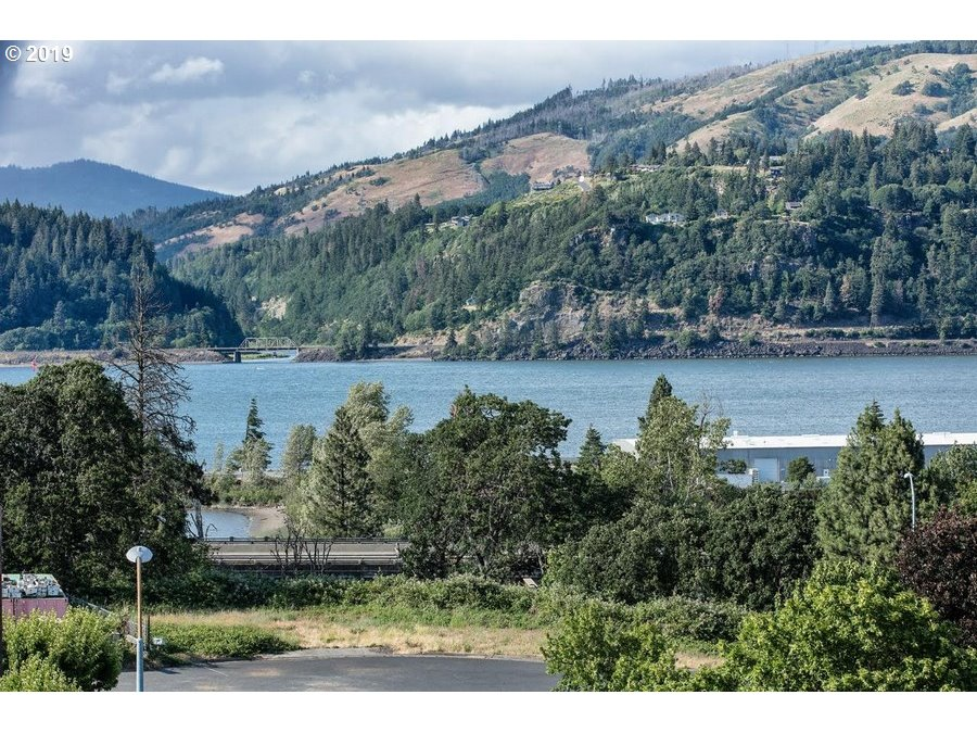 Photo of INDUSTRIAL LOOP Hood River OR 97031