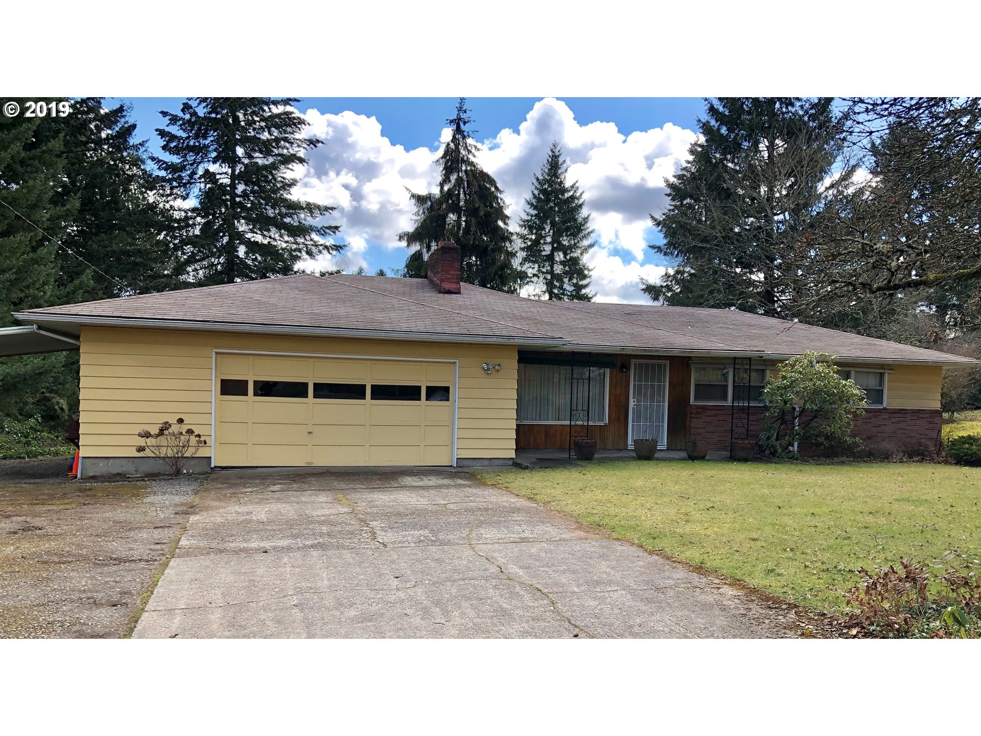 Great potential with this rare one-level fixer on oversized .62 acre lot with possible 2nd lot addition. Minutes from I-205, 99E and Hwy 224.  Buyer to perform due diligence. Priced AS-IS. Seller to do no repairs. Ask about land opportunity next door too.