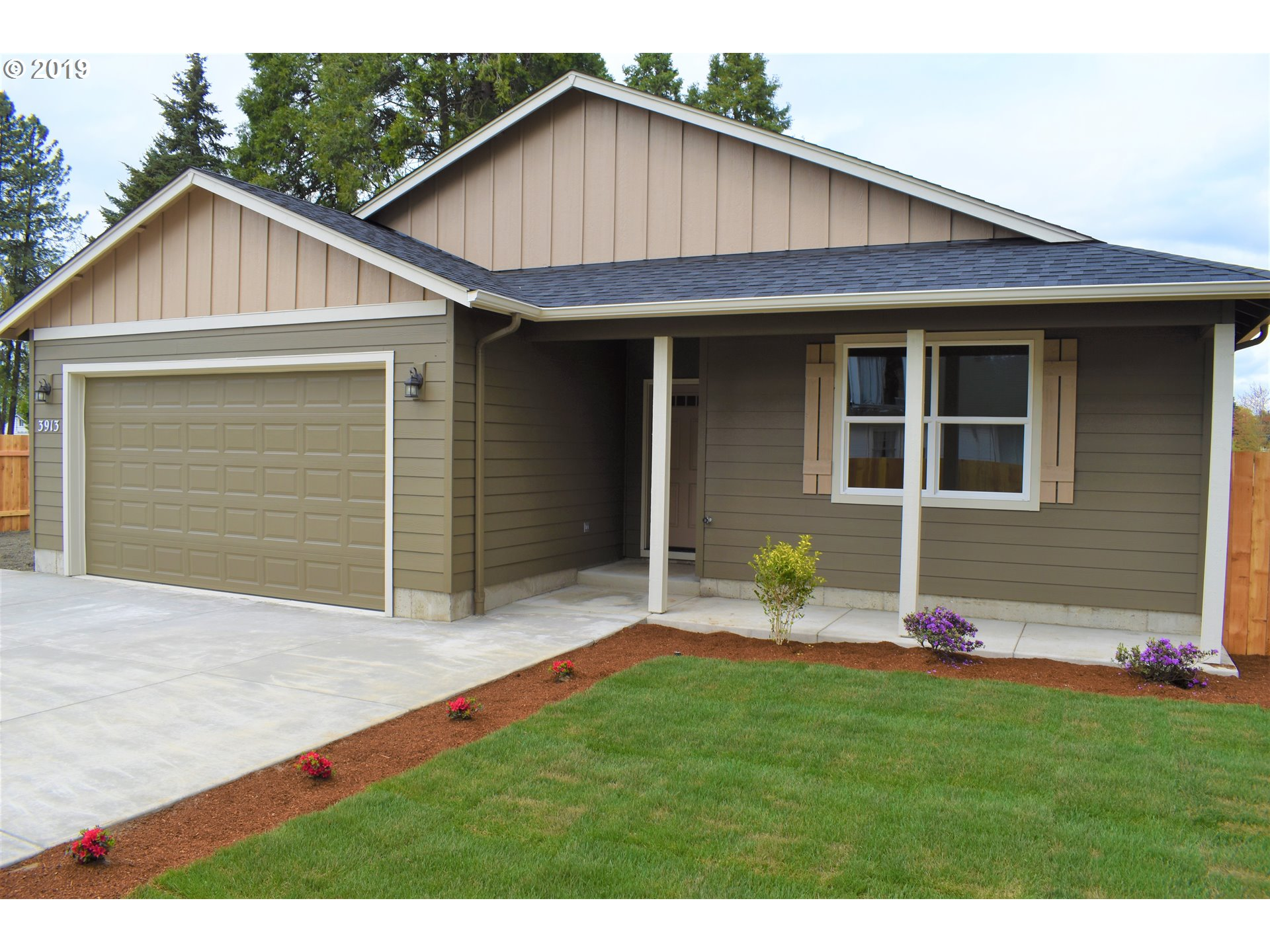 3913 ROYAL AVE Eugene Home Listings - Galand Haas Real Estate