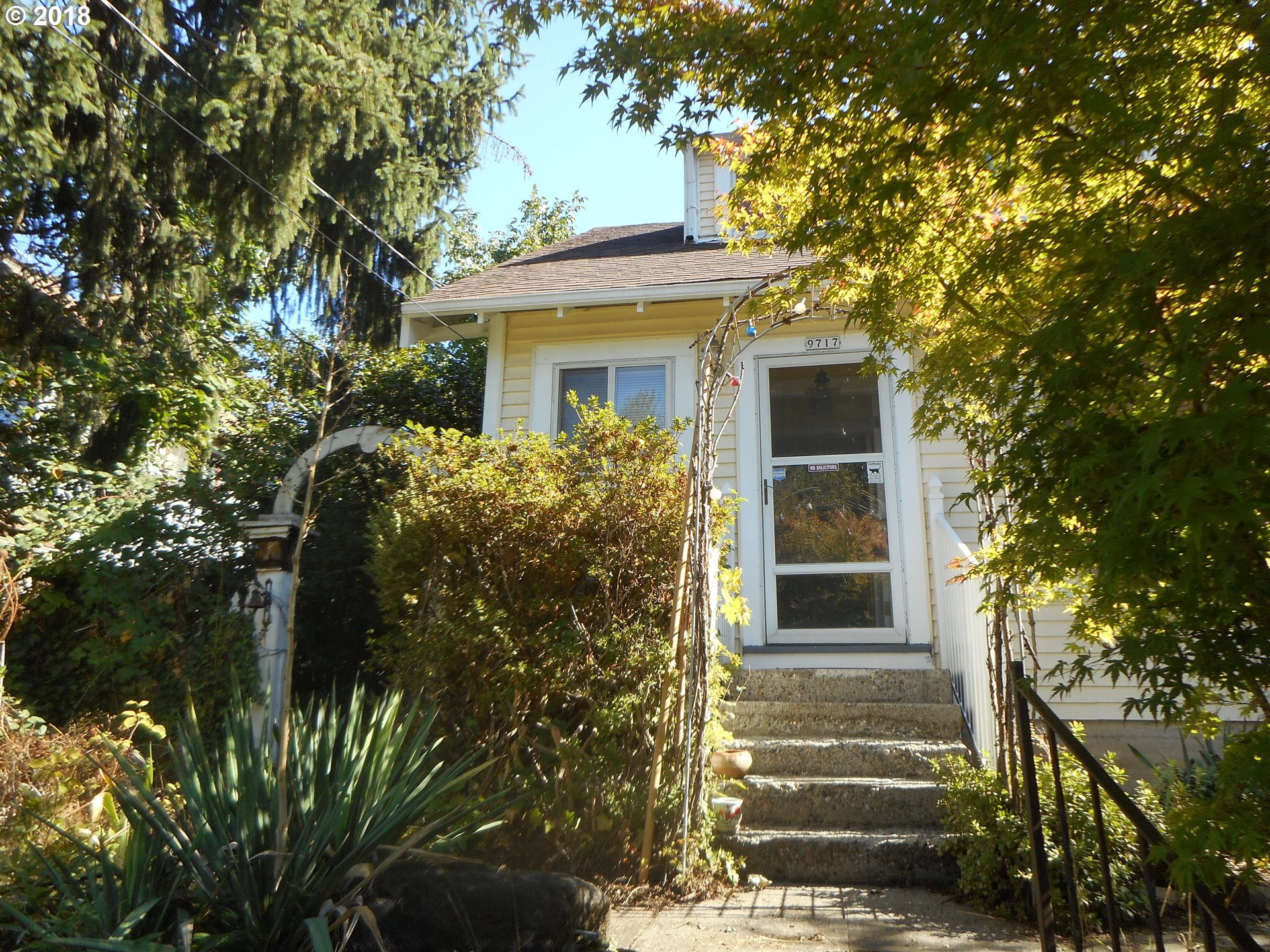 Photo of 9717 N SMITH ST Portland OR 97203