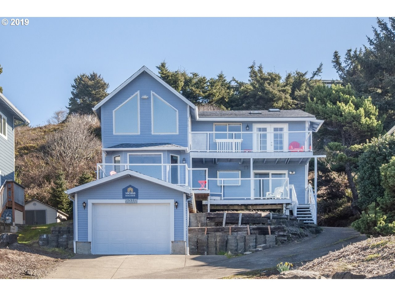 Photo of 6518 NE NEPTUNE DR Lincoln City OR 97367