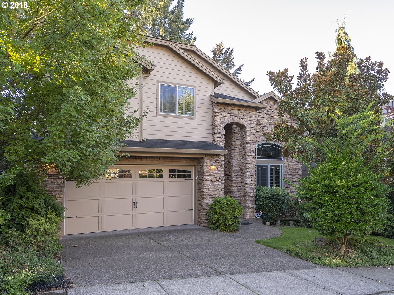Photo of 14934 SW HUNTWOOD CT Tigard OR 97224