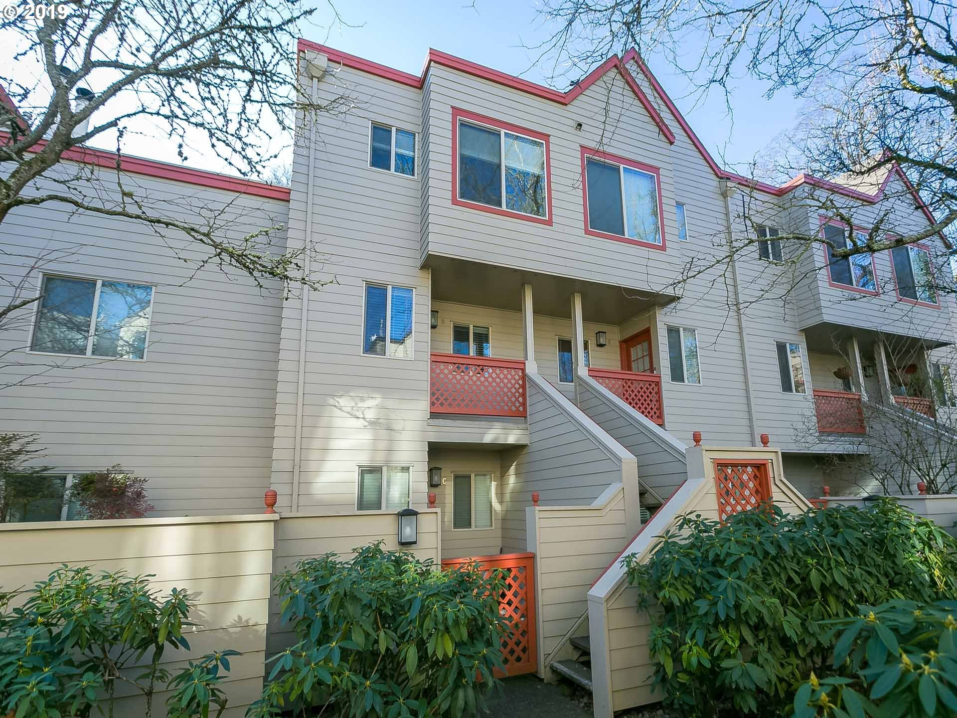 Photo of 2805 NW UPSHUR ST, D Portland OR 97210