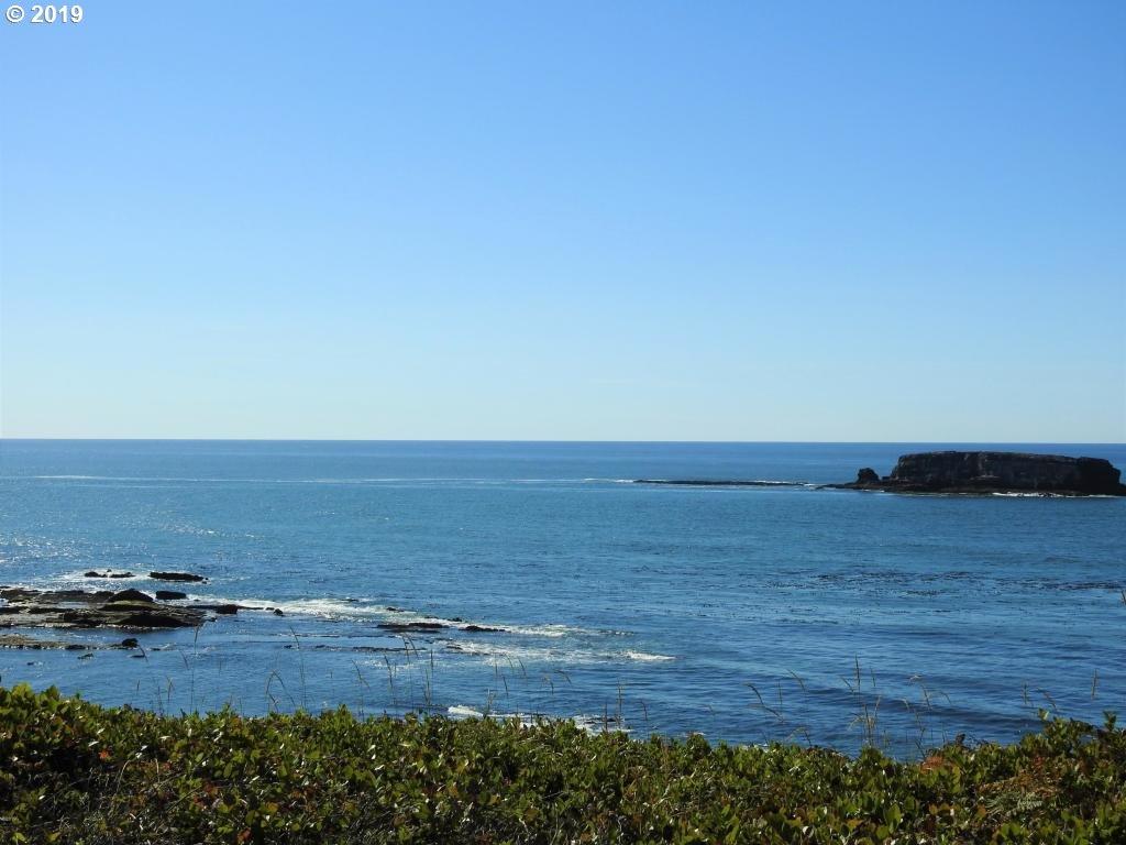 Photo of  Sea Crest PL 4700