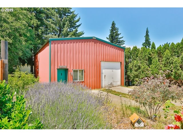Photo of 1192 21ST ST Hood River OR 97031