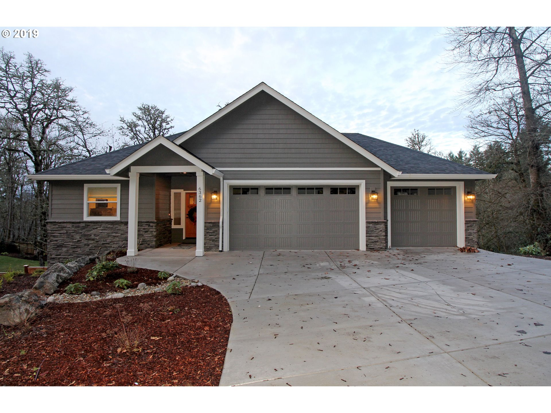 Photo of 6362 FOREST RIDGE DR Springfield OR 97478