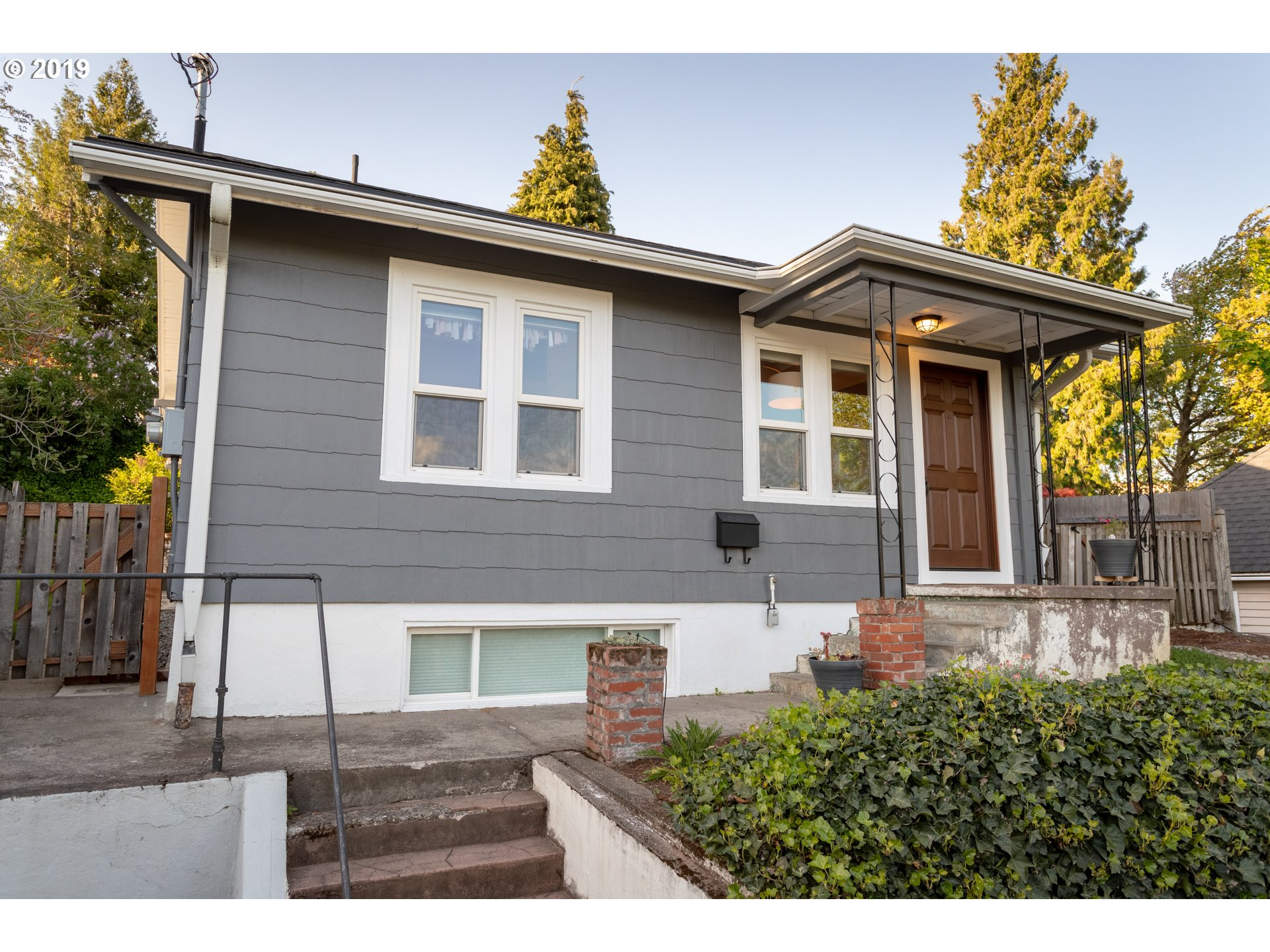 4805 NE Flanders Street Portland Home Listings - The Rob Levy Team Real Estate