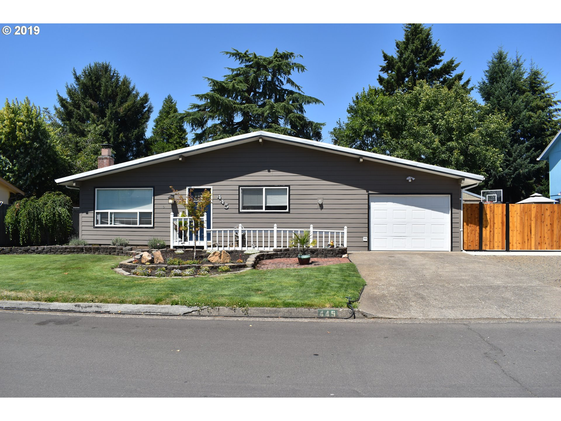 445 AUTUMN AVE Eugene Home Listings - Galand Haas Real Estate