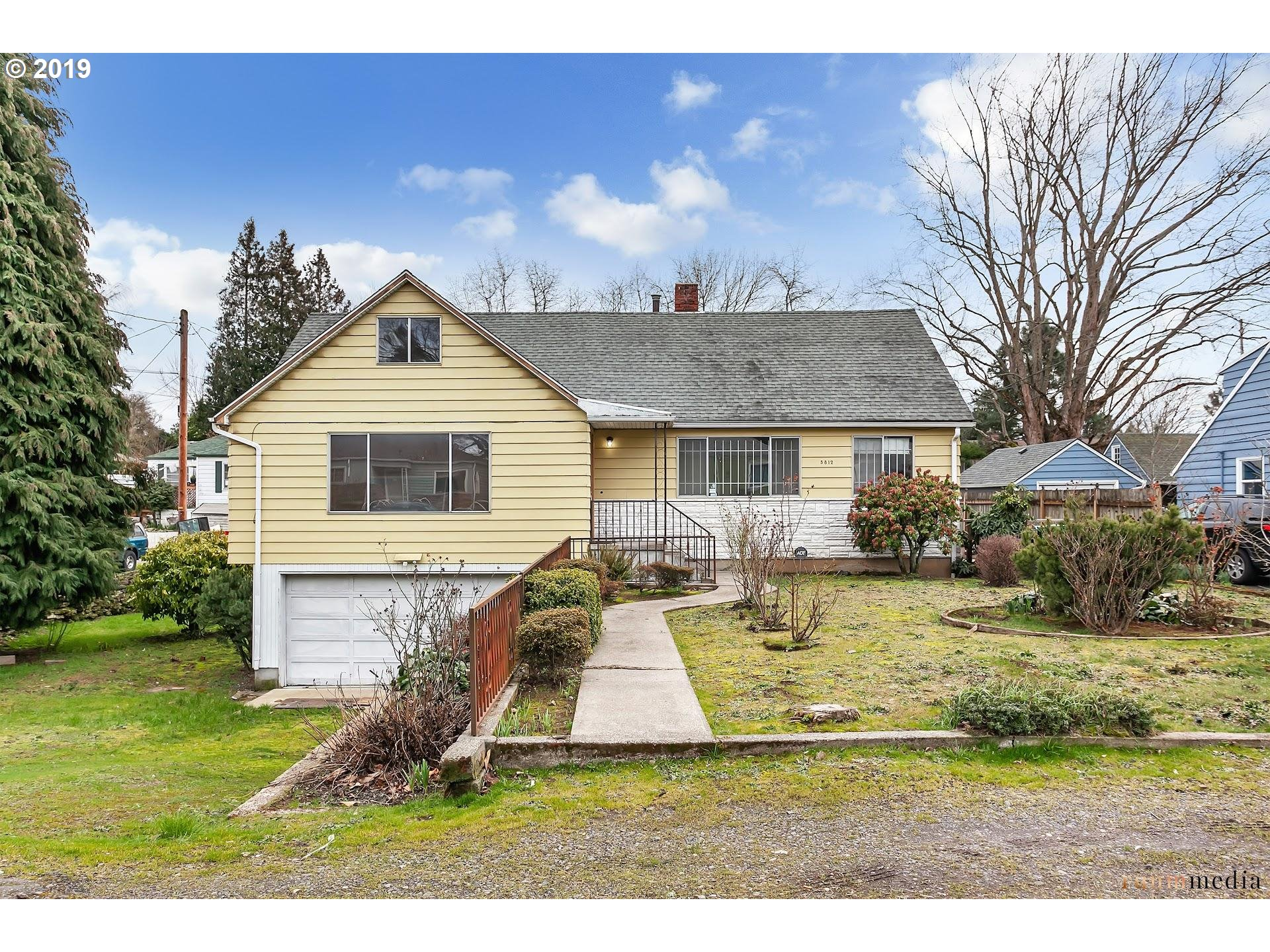 5812 NE SIMPSON ST Portland Home Listings - Keller Williams Sunset Corridor Portland Real Estate