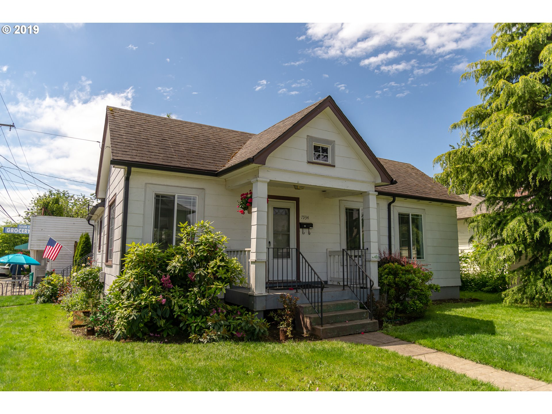 Photo of 1135 SE 80TH AVE