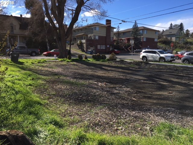 Photo of 221 4TH The Dalles OR 97058