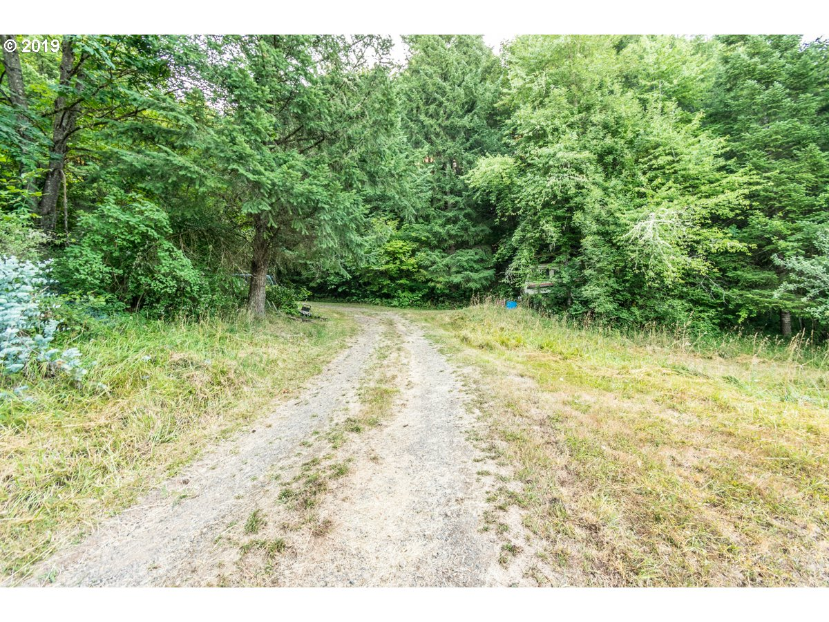 Photo of 42259 AMES CREEK RD