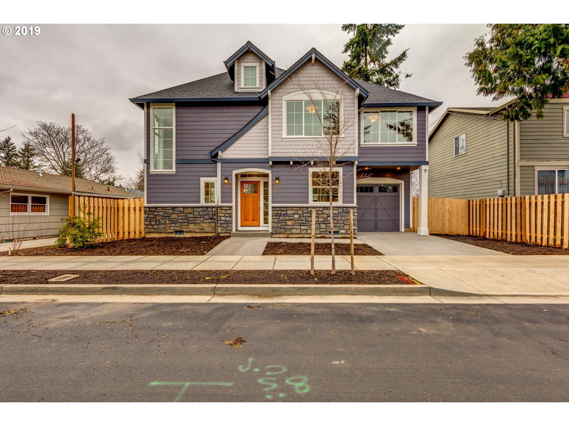 Photo of 7711 SE Glenwood ST Portland OR 97206