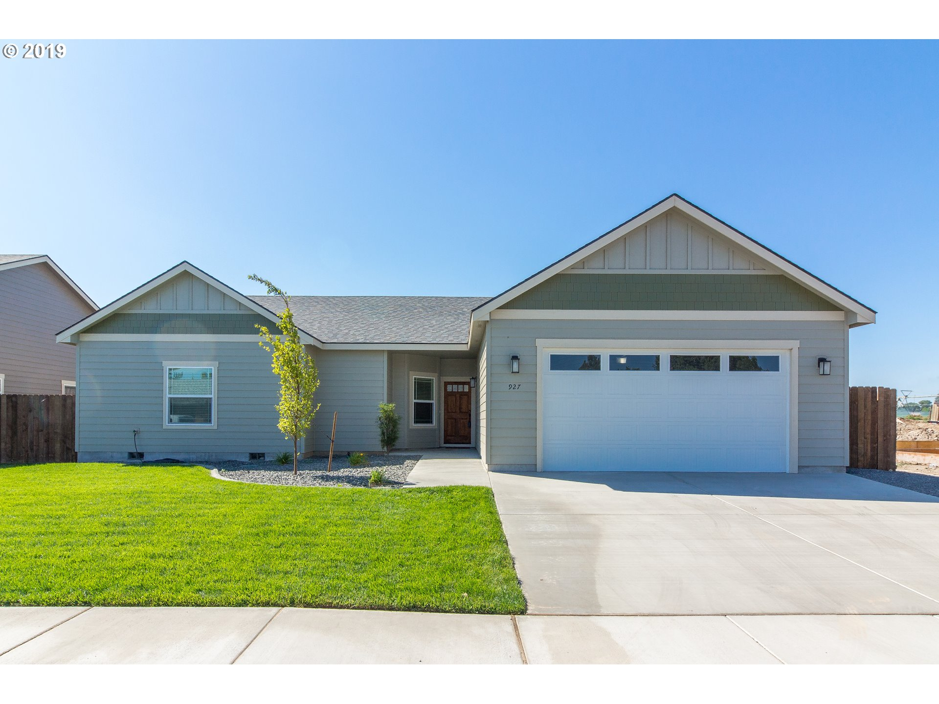 938 SW COYOTE DR  (1 of 14)