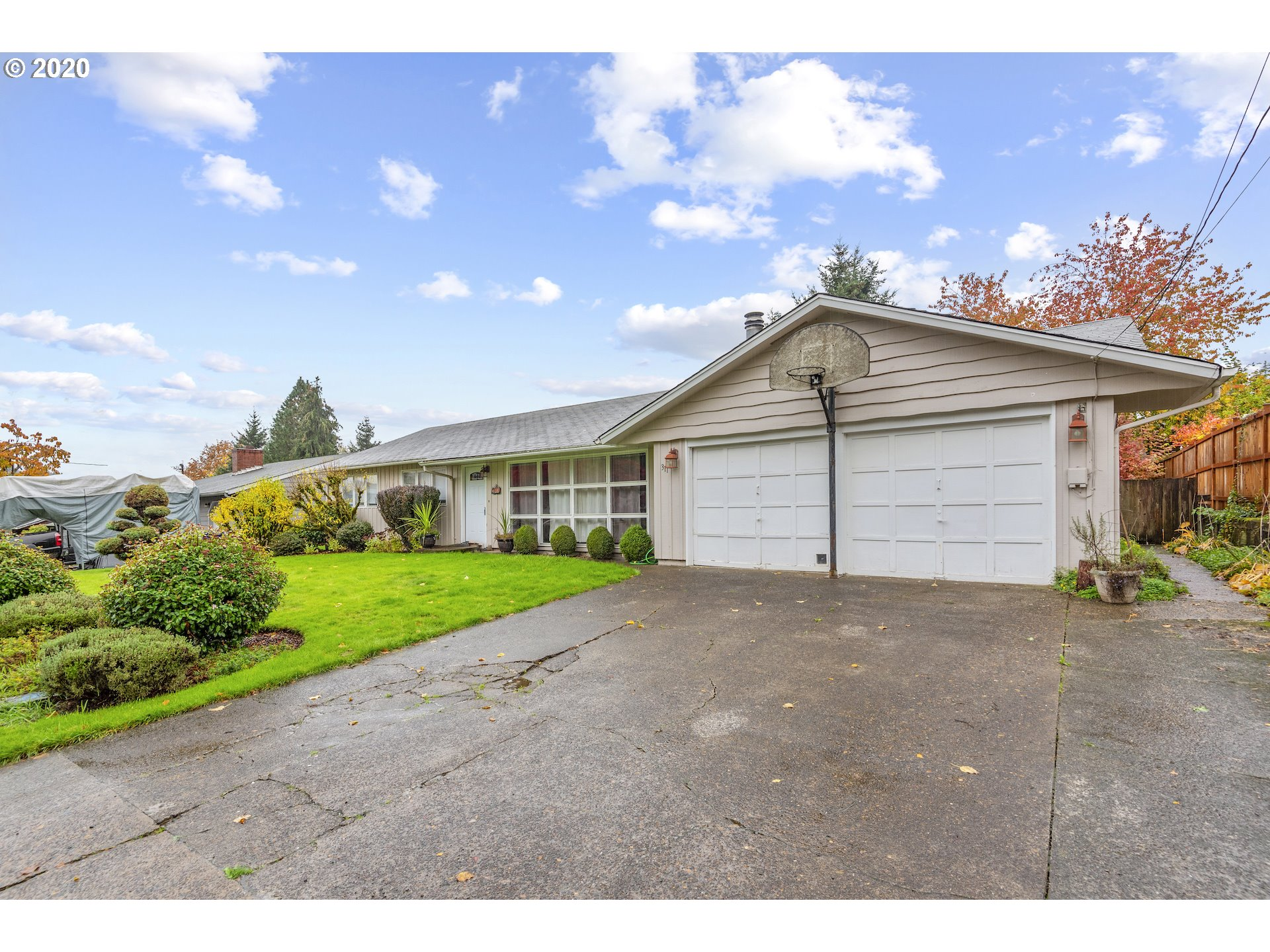 311 BARR DR  (1 of 28)