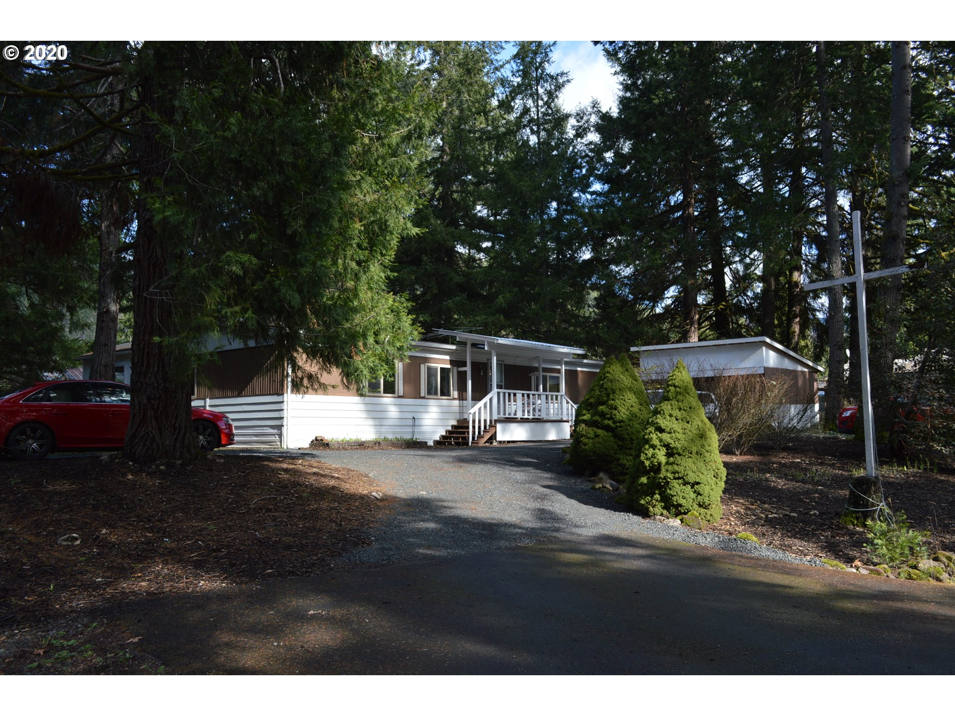 38181 ROW RIVER RD  (1 of 24)