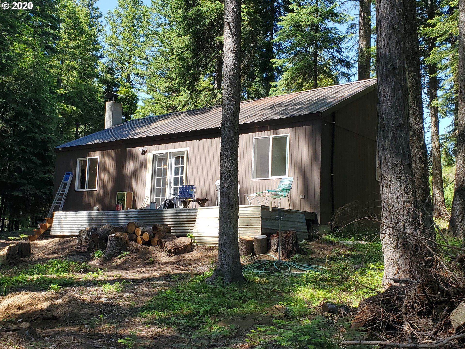 60548 CHALET LN  (1 of 18)