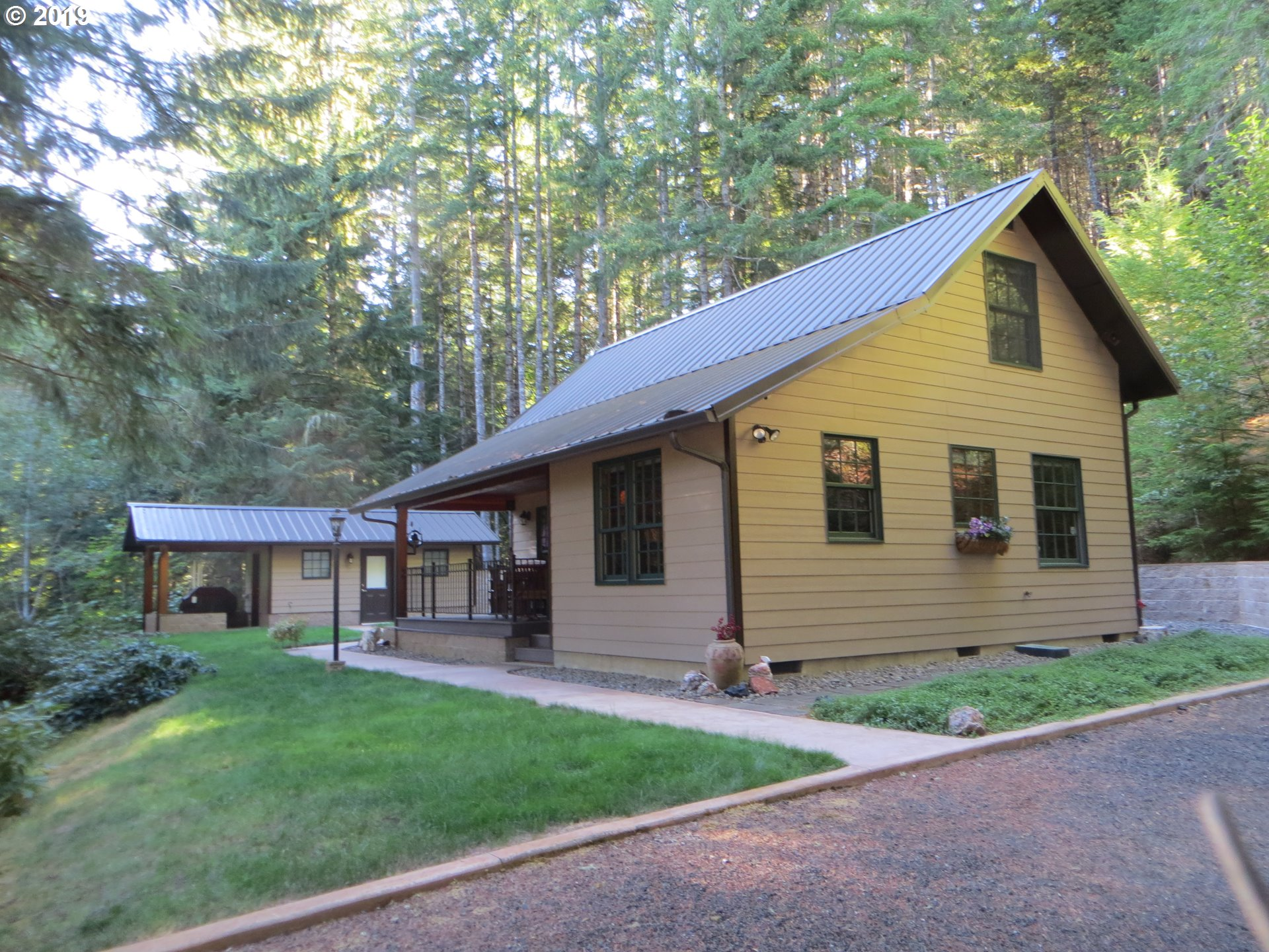 Photo of 12545 UPPER SMITH RIVER RD
