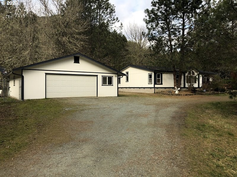 Photo of 3762 UPPER COW CREEK RD