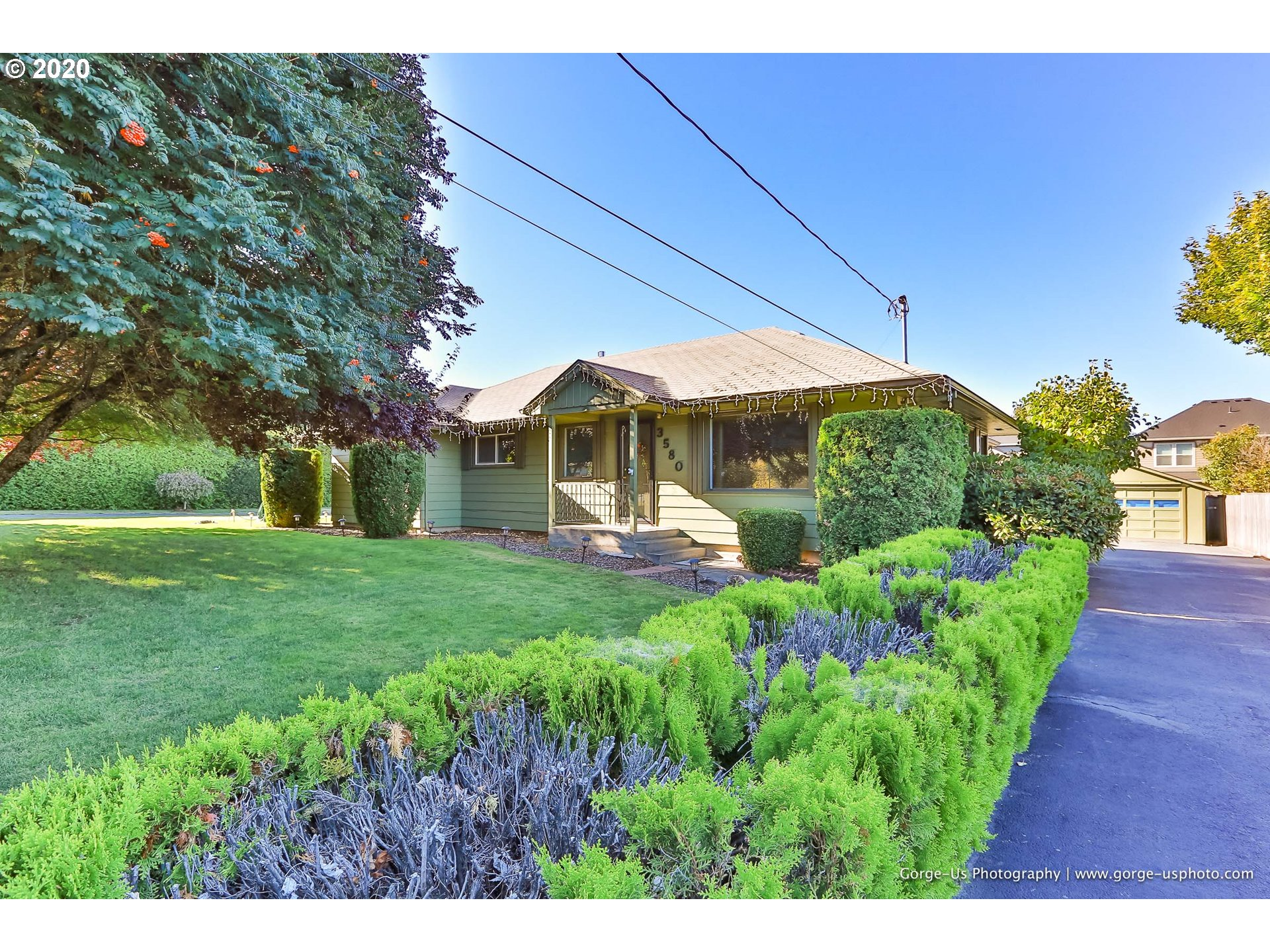 Photo of 3580 BELMONT DR Hood River OR 97031