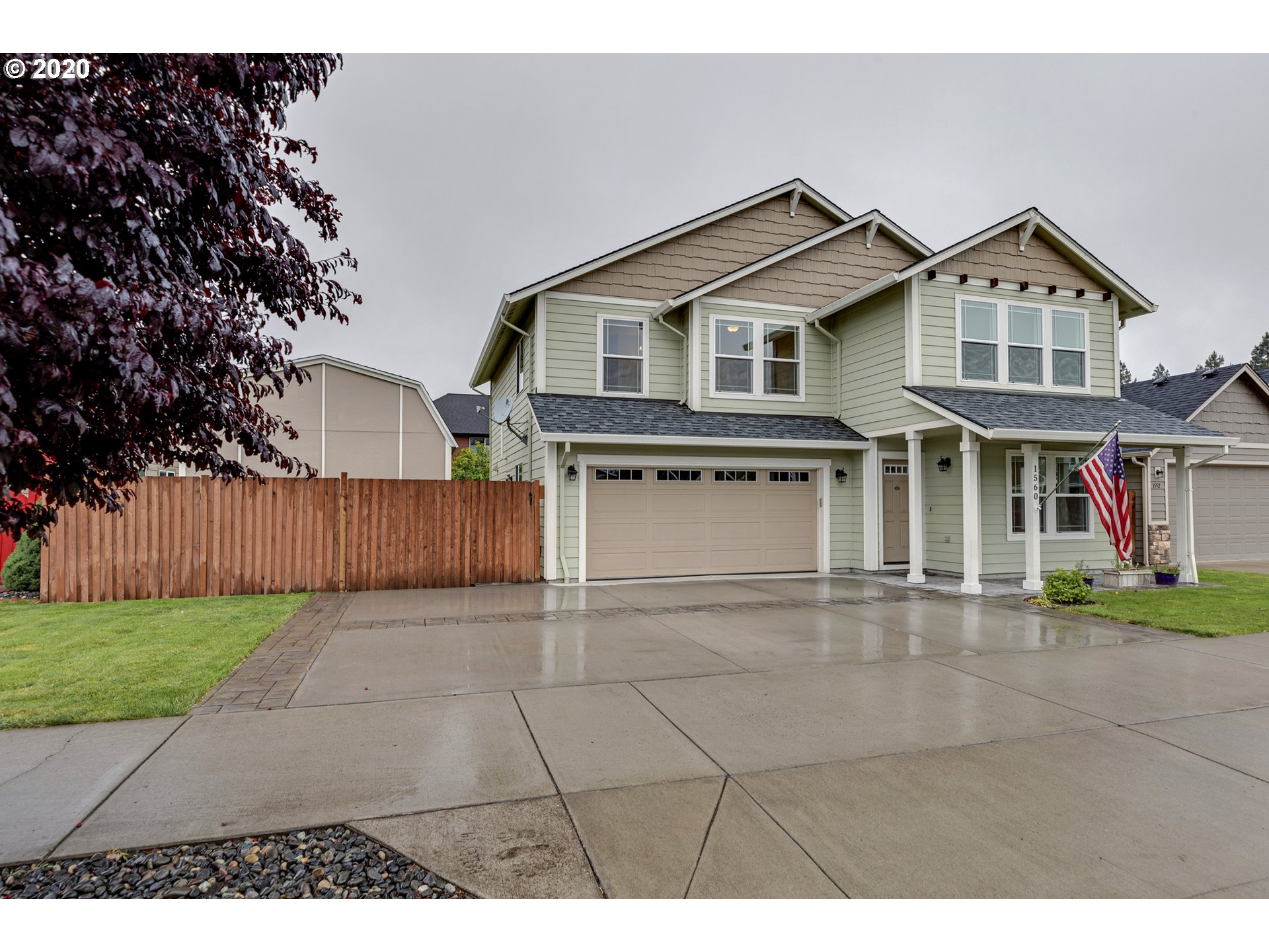Photo of 1560 3RD ST Hood River OR 97031