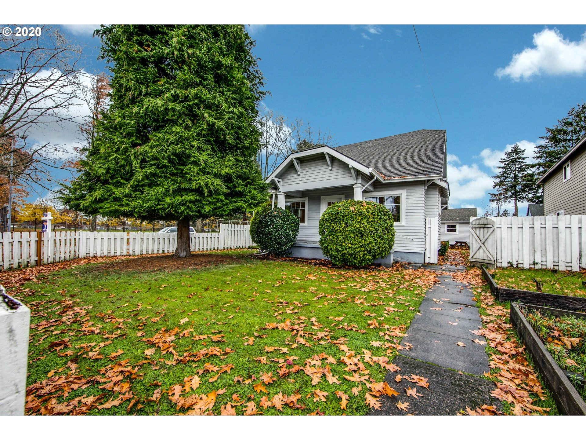 6541 SE 89TH AVE (1 of 28)