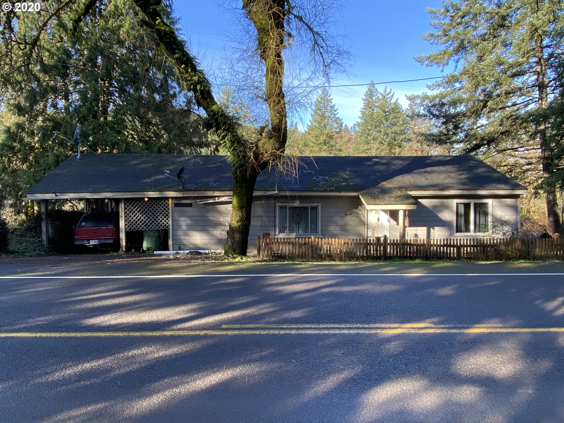 37462 ROW RIVER RD  (1 of 28)