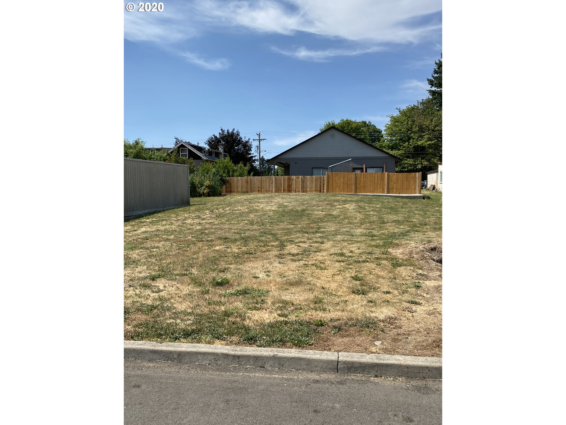 Photo of 11631 SE 63RD (Lot N side of) AVE