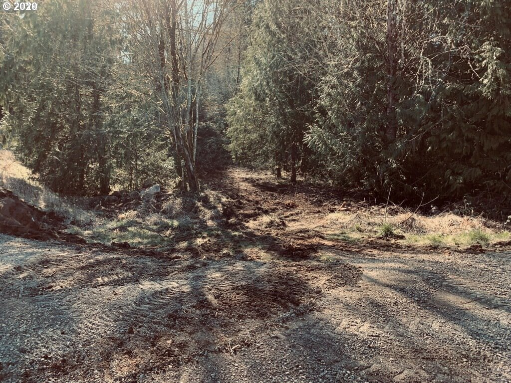 Photo of 19615 S FISCHERS MILL RD