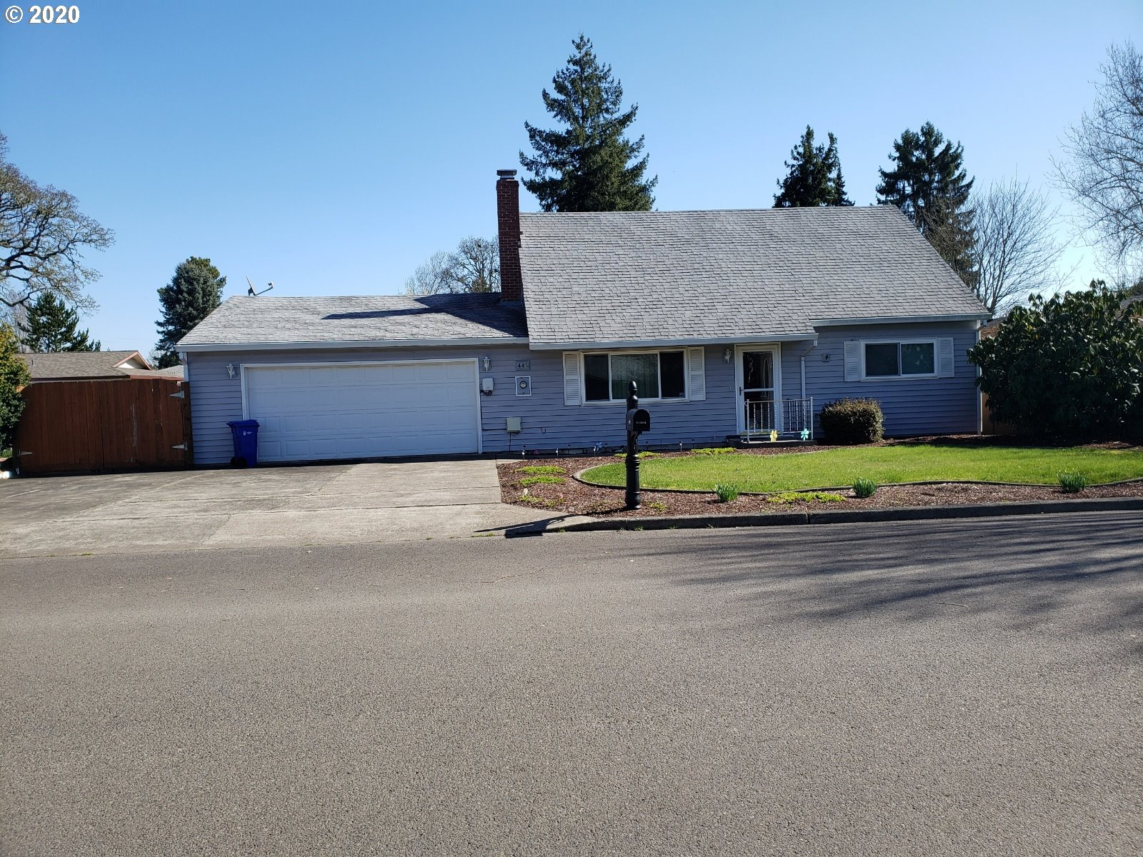 Photo of 446 S 15TH AVE